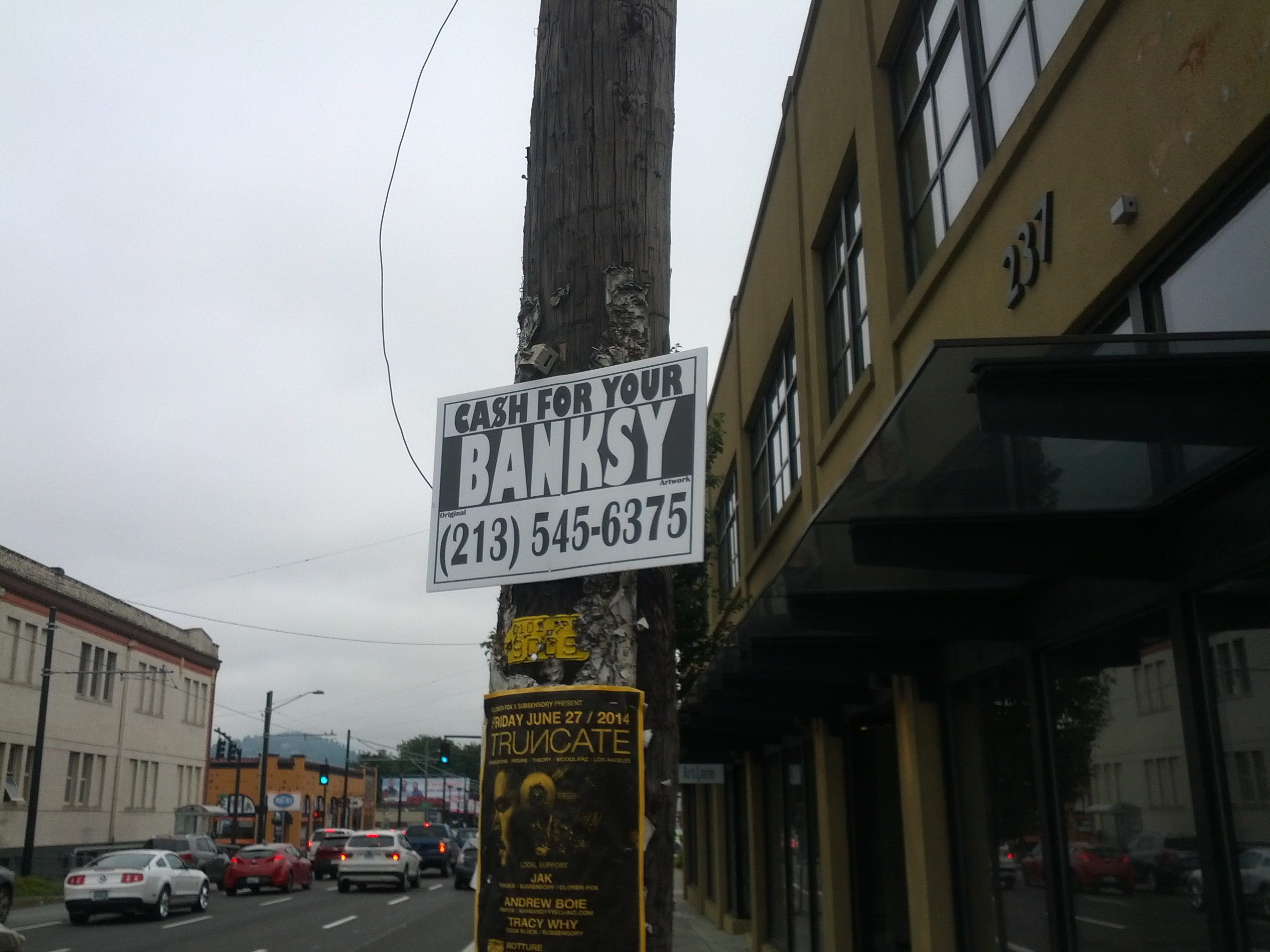 banksy_pole_01.jpg